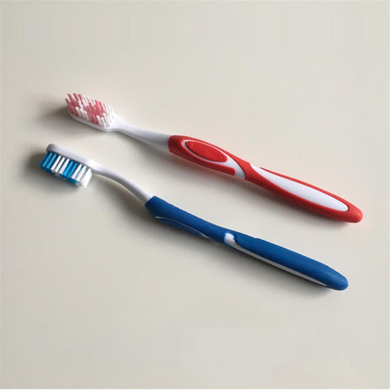 Classic Dental Cleaning Tongue Cleaner Hot Selling Adult Toothbrush