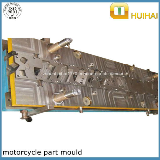 High Quality Metal Stamping Mould/Progressive Die for Automotive Parts pictures & photos