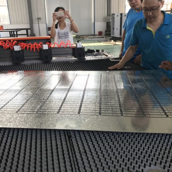 2018 Newest and Most Popular Type Servo CNC Punch Press pictures & photos