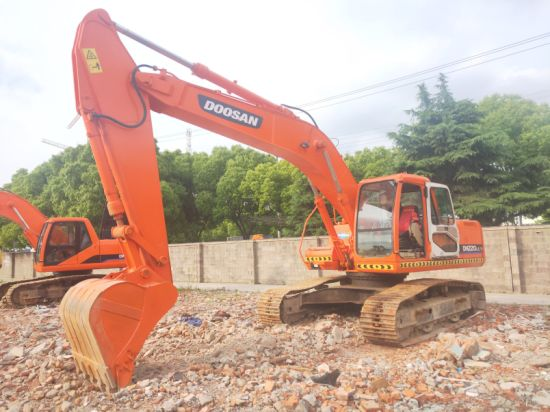 Used Doosan Excavator Dh220LC-7 Dh225LC-7 Hot Sale in Central Asia