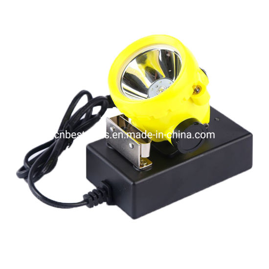 1.5W LED Mine Lamp Rechargeable 3500lux 160mA Cap Lamp pictures & photos