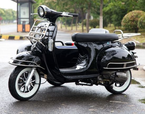 Three Wheel 1000/1500W Vespa Electric Scooter Tricycle Motorcycle with  Sidecar