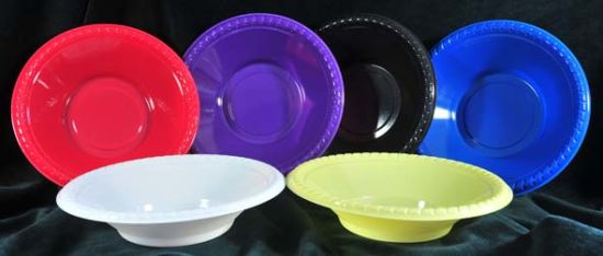 """72 x RED 18cm 7/"""" PLASTIC PLATES ROUND PLASTIC PLATE PARTY DISPOSABLE TABLEWARE"""