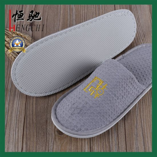 80a6b470efb4 China 100% Cotton Waffle Slippers for Hotels Spas   Airline - China ...