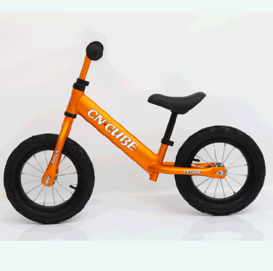 e52dd26c975 12in Kids Balance Bike Lightweight Sports No Pedal Walking Bicycle for Ages  2 to 5 Years