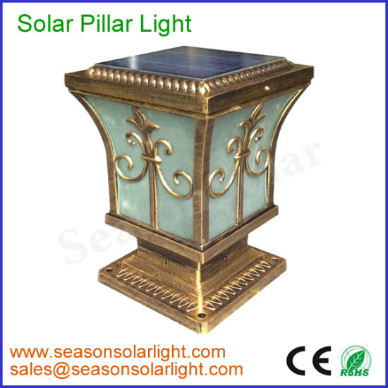 Classical Style Portable Outdoor Lighting Fixture 5W Solar Post Cap Light for Garden pictures & photos