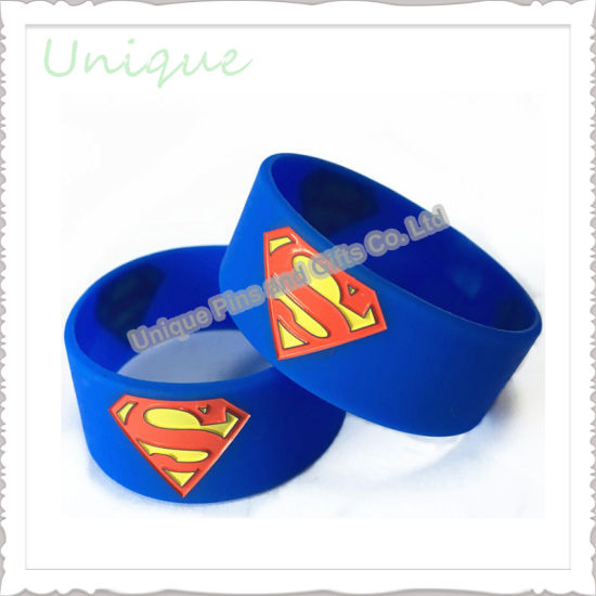 Wholesale Personalized Poppy Eco Friendly Printing Sport Bracelets Superman Silicone Wristbands for Kids Promotional Gift