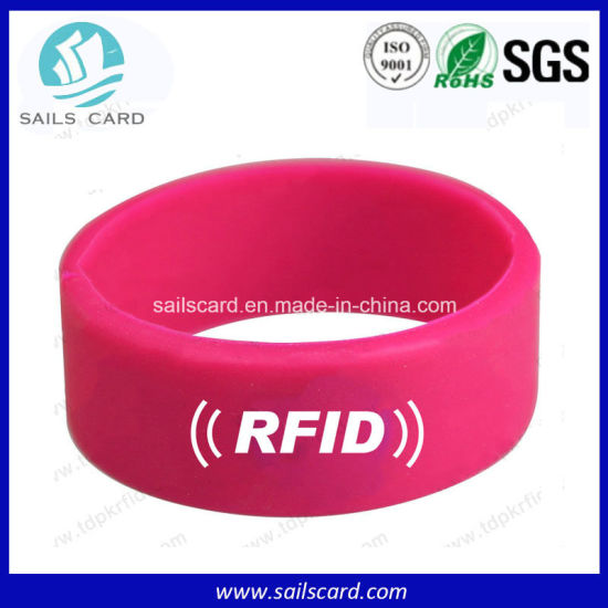 RFID Double Frequency Silicone Bracelets with Hf&UHF pictures & photos
