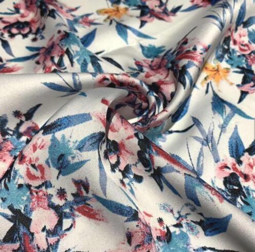 Wholesale Custom Designs 100% Polyester Silk Satin Chiffon Printed Fabric