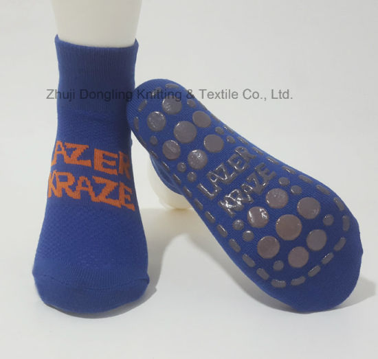 Trampoline Park Socks with Anti-Slip Printing on Foot pictures & photos