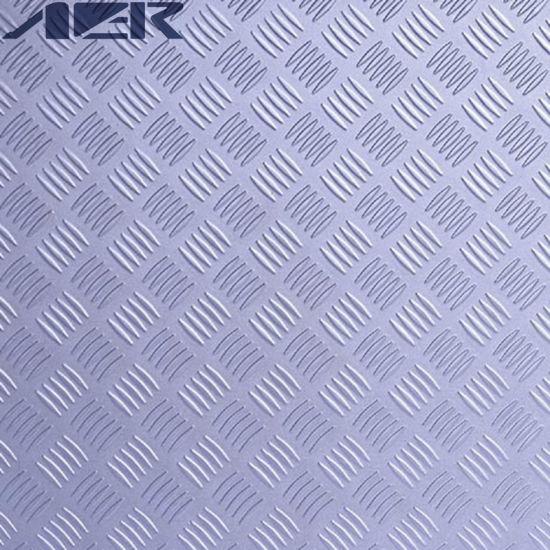 China Excellent Glue Down Polyvinyl Chloride Garage Floor Tiles