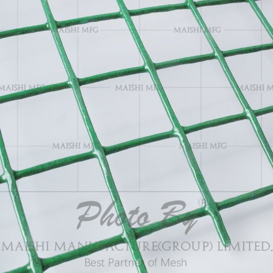 China Manufacture Galvanized Square Hole Welded Wire Mesh - China ...