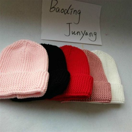 Latest Real Cap Fur Pompon Beanie Knitted Children′s Winter Hats pictures & photos