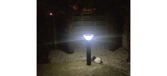 LED Solar Lawn Lamp Outdoor Solar Garden Light with 3-5 Years Warranty