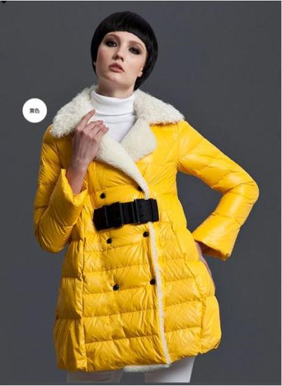 Wholesale Stock Garment Good Button Outside Winter Light Yellow Coat for Girl