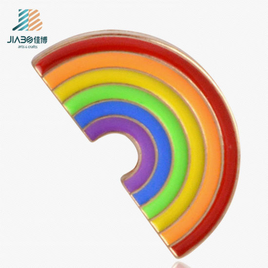 Hot Products Factory Promotion Custom Rainbow School Uniform Badges pictures & photos