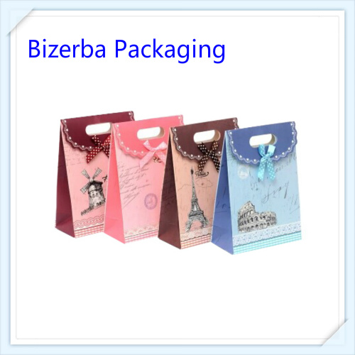 Packaging and Printing Paper Gift Bag pictures & photos