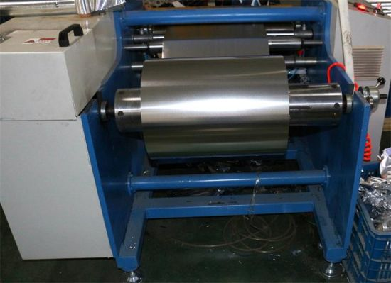 Semi-Automatic Aluminum Foil Roll Making Machine pictures & photos