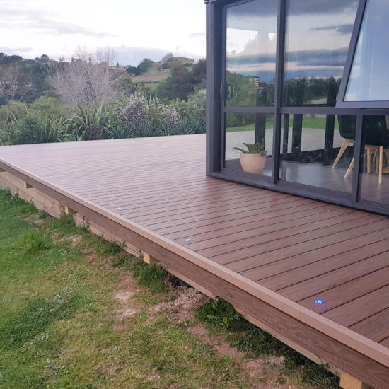 China Outdoor Terre Deck Tile Hollow