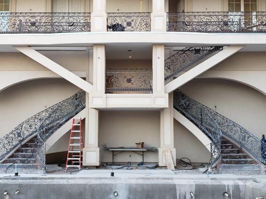 Hot Galvanized Wrought Iron Handrail Stair Railing Interior Stair Baluster