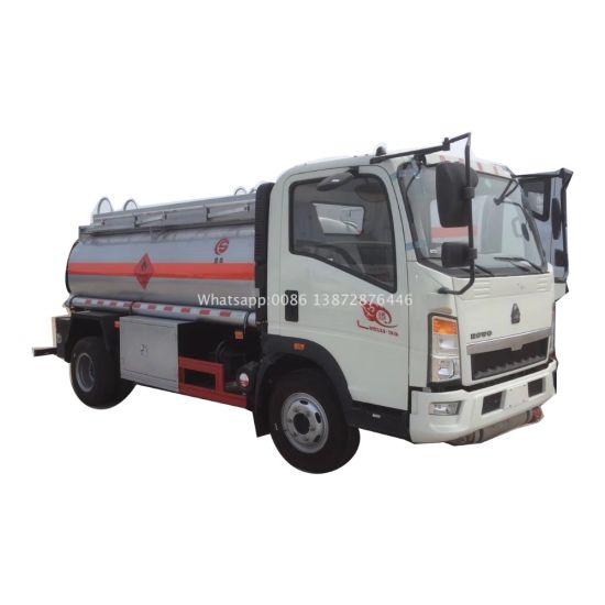 HOWO Light 5000liters Euro 2 Oil Tanker Truck Capacity