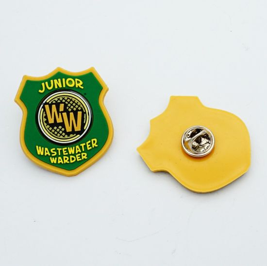 Manufacturer Cheap Custom Embossed Eco-Friendly Private Label Soft PVC Rubber Patch Silicone Badge for Clothing
