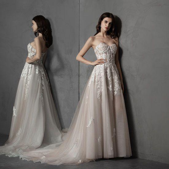 China Sheer Lace Wedding Dresses Strapless Tulle Beach Boho Bridal