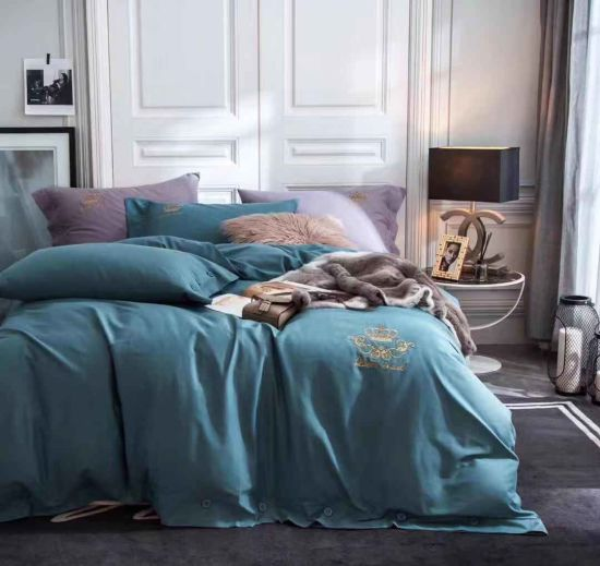 Customized Different Colors Bedding Sheet King Size Luxury Hotel Bedding Sets