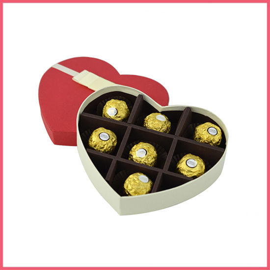 Luxury Cardboard Popular Heart Shaped Chocolate Packaging Box with Tray Insert