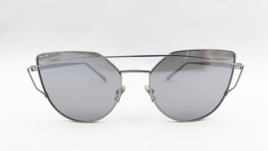 2019 Fashion Metal Sunglasses for Lady and Man pictures & photos