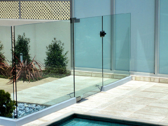 Frameless Aluminum U Channel Balustrade Glass Fence pictures & photos