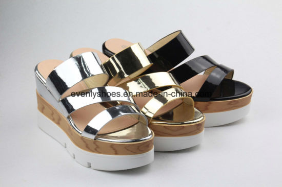 New Fashion Lady Sandal Women Shoes with Shinning Color pictures & photos
