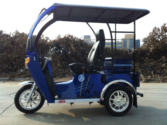 70/110cc Three Wheel Motorcycle/Tricycle for One Disabled (DTR-12) pictures & photos