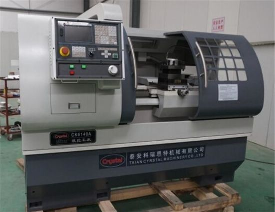 China Cheap and Economic CNC Lathe Machine (CK6140A) pictures & photos