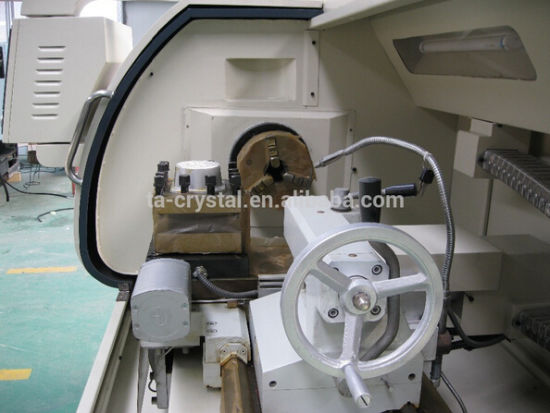 Manufactures Supply High Quality CNC Lathe Machine (CK6136A-1) pictures & photos