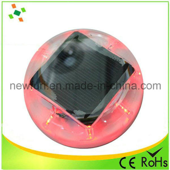 Factory Sales Solar Traffic Cone Light Reflective Road Stud pictures & photos