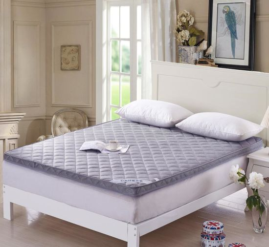 2018 Hot Selling OEM Compressed Sleepwell Mattress pictures & photos