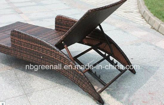 Patio Furniture Rattan Garden Lounge Chaise pictures & photos