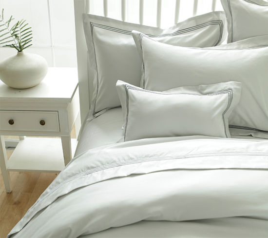 Egyptian Cotton Hotel Bedding Set with Embroidery