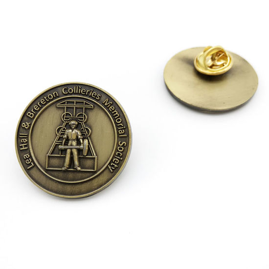 Customized Zinc Alloy 3D Metal Button Badge with Antique Brass Plated (BG17)