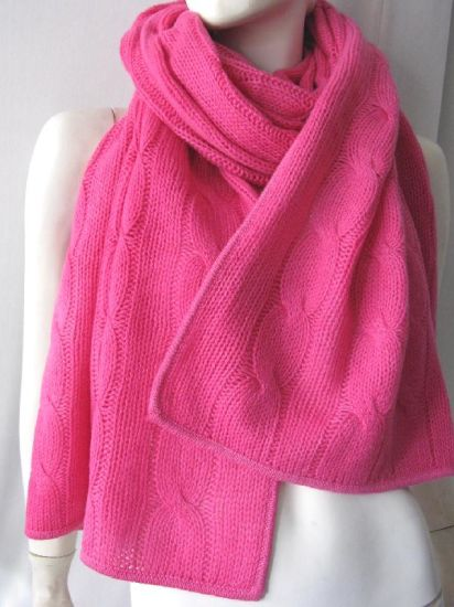 a9ce1970ea China Pure Baby Cashmere Chunky Cables Knit Warp - China Chunky ...