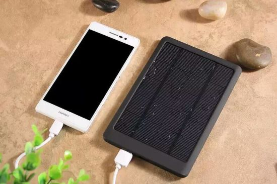 2017 Ultra-Thin Portable Solar Battery Mobile Power Cell Phone Bank Charger pictures & photos