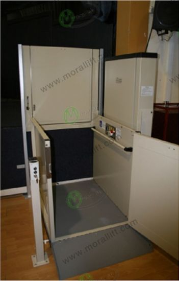 CE Approved Hydraulic Wheelchair Elevator pictures & photos