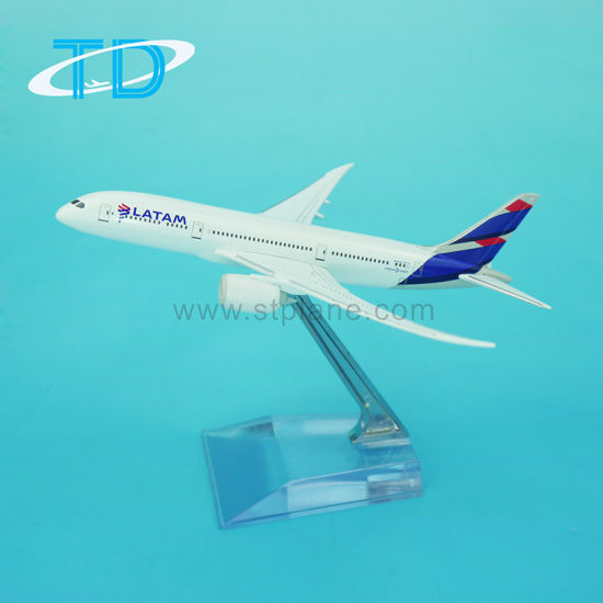 Latam B787 Best Selling Products Diecast Airline Plane for Adults Plane Model pictures & photos