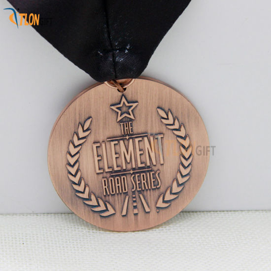 Souvenir Gift Creative Custom Antique Award Metal Medal with Lanyard pictures & photos