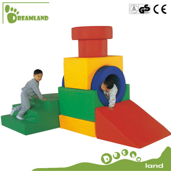 Hot Sale Popular Indoor Soft Play Equipment pictures & photos