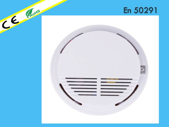 Ce Approved Security Sensitive Smoke Detector pictures & photos