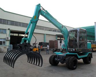 Low Consumption Wheel Excavator Digger with Grapple Long Boom pictures & photos