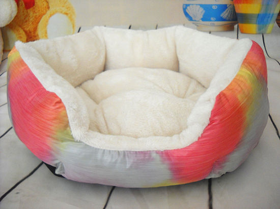 Classical Soft Dog Bed & Pet Bed pictures & photos