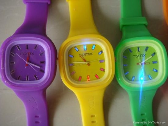 Hotsale Colorful Silicone Jelly Watch with Competitive Price pictures & photos